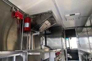 Food-Truck-Kitchen10