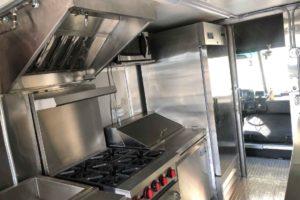 Food-Truck-Kitchen13