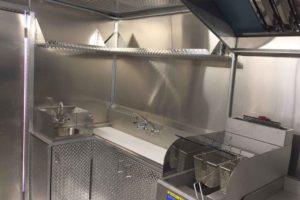 Food-Truck-Kitchen15