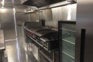 Food-Truck-Kitchen18
