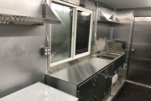 Food-Truck-Kitchen2