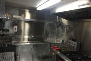 Food-Truck-Kitchen21