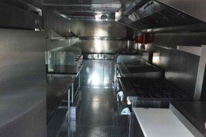 Food-Truck-Kitchen26