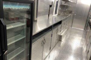 Food-Truck-Kitchen31
