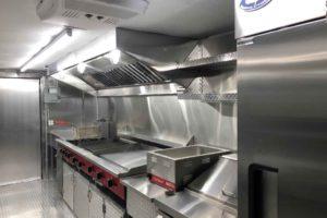 Food-Truck-Kitchen32