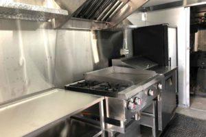 Food-Truck-Kitchen4