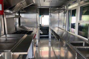 Food-Truck-Kitchen7